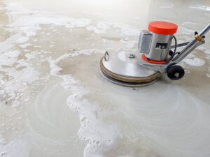 scrubber machine for cleaning floor